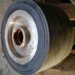Большегрузное колесо в сборе от паллетной телеги